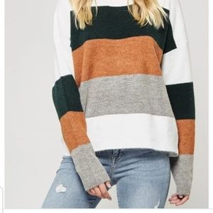 Andree by Unit colorblock crew neck sweater
